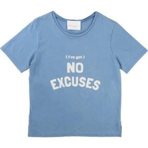 Blue T-shirt Velveteen, Une Fille