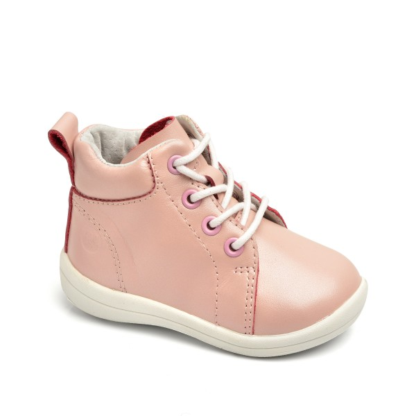 Pink Gram, Pax